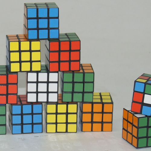 Rubiks Cube 12 in Pack